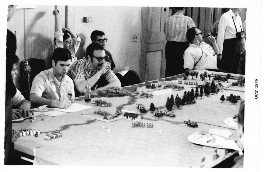 genconii_1969_gygax-au-milieu